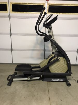 Nordictrack E7SV Elliptical Exercise Machine for Sale in Upland, CA