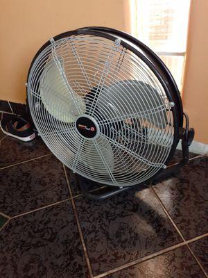 Fan for Sale in Glendale, AZ