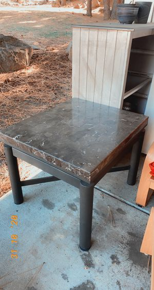 Coffee table for Sale in Bend, OR