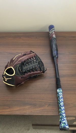Demarini insane Asa softball bat softball glove for Sale in Santa Fe Springs, CA