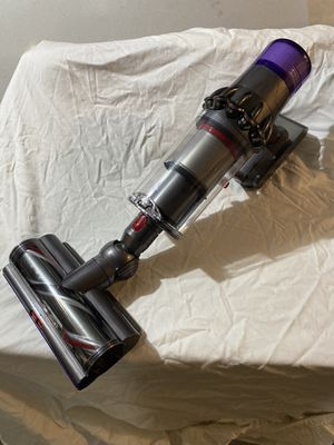 Dyson V11 Vacuum, High Torque Floor Cyclone and Motorhead. Brand New, Never Been Used. for Sale in Daly City, CA