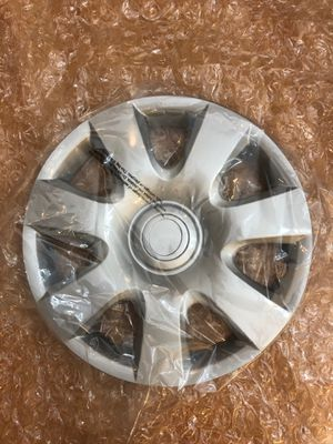 "Brand New 15"" hubcap for Toyota Camry for Sale in Kirkland, WA"