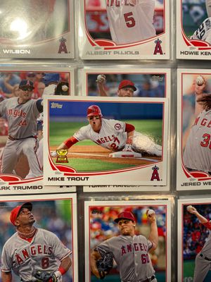 2013 Topps Baseball #27 Mike Trout Card - Topps All Star Rookie for Sale in Medford Lakes, NJ