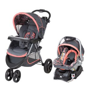 Baby girl car seat and stroller set for Sale in Glen Burnie, MD