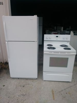 Refrigerator and stove combo for Sale in Jacksonville, FL