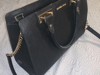 Micheal kors Bag for Sale in Perris,  CA
