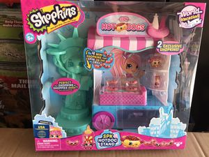 Shopkins world vacation hot dog stand playset for Sale in Lynwood, CA