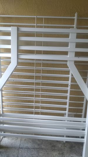White Metal Bunk Bed Frame(Delivery Available) for Sale in Oakland Park, FL