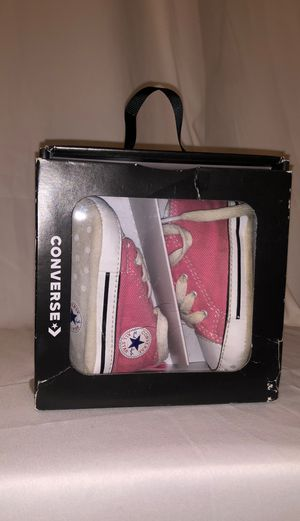 Pick up for $4! Size 2 Baby Pink All Star Converse Chuck Taylor for Sale in Inglewood, CA