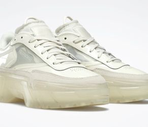 Reebok Club C- Cardi B (sold Out Everywhere !!!) 8 Women's White for Sale in Pennington,  NJ