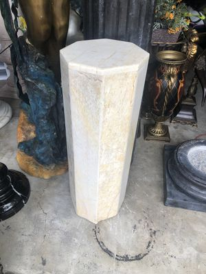 Marble pedestal, stand, column. for Sale in Miami, FL