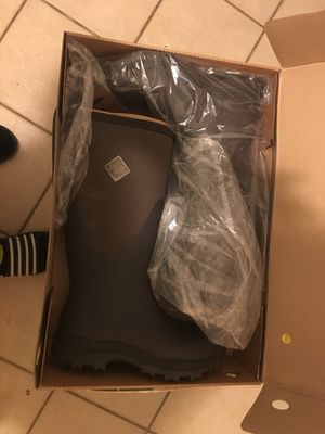 The originals muck boots size 9 men $125 brand new never warm original cot $235 for Sale in Cumberland, RI