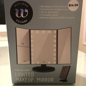 LED Lighted Makeup Mirror for Sale in Staten Island, NY