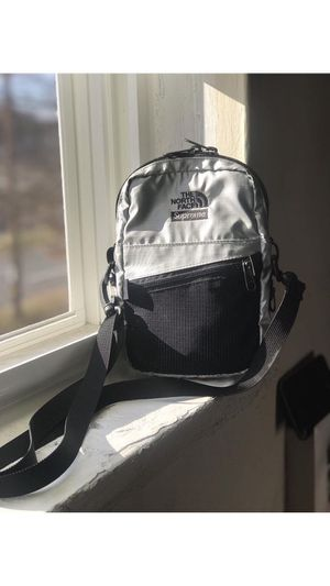 Supreme X The North Face shoulder bag for Sale in Silver Spring, MD