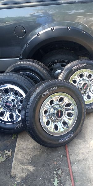 Rims with tires for GMC Sierra,17 inches for Sale in Springfield, MA
