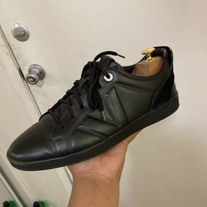 Original Louis Vuitton Calf Leather Shoes Size 7 1/2 Mens for Sale in Costa Mesa, CA