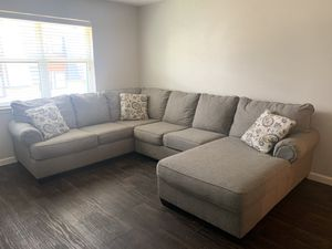 Grey sectional couch (brand new) for Sale in Dallas, TX