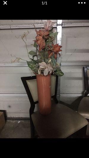 Silk flower fake flower arrangement vase floral home decor for Sale in Rancho Cucamonga, CA
