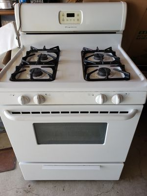 Fridigadire Stove for Sale in Lake View Terrace, CA