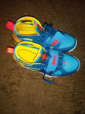 Nike Huaraches for sale 50 or best offer for Sale in Maple Heights, OH