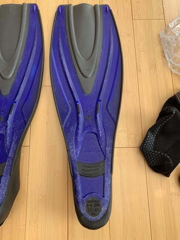 Oceanic Full Foot Scuba Diving and Snorkeling Fins
