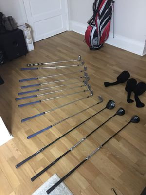 Set of Golf Clubs and Bag with stand for Sale in Portland, OR