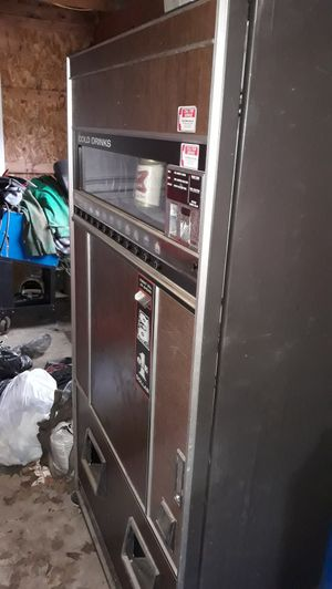 Working Vending Machine for Sale in Dalton, OH
