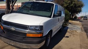 2018 chevy express van 2500 for Sale in Dallas, TX