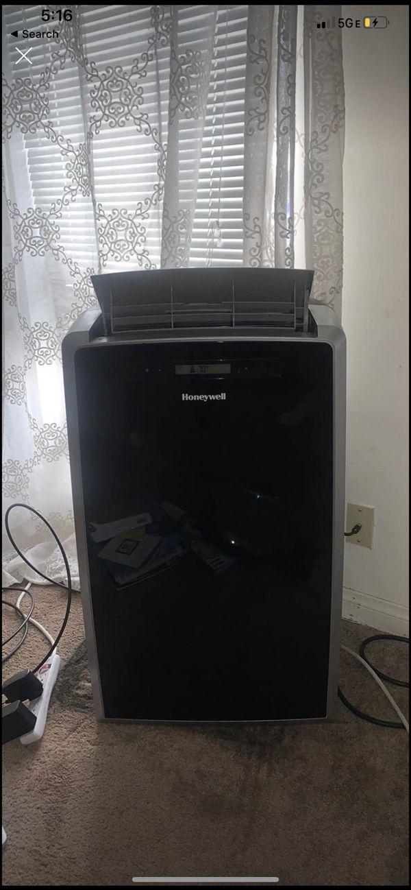 Honeywell 14000 btu 550 sq ft 115 volt portable air conditioner w heat pump