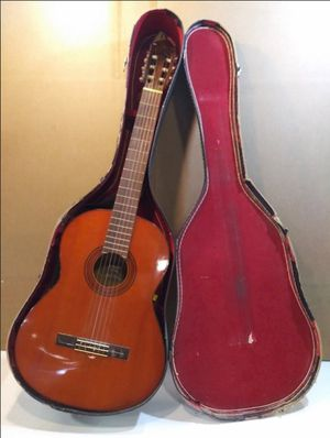 Classical guitar for Sale in Lexington, KY