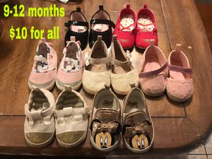 Baby girl shoes for Sale in Chicago, IL