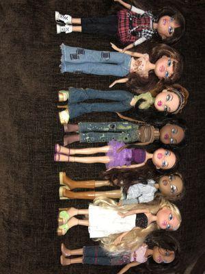 8 Bratz dolls for Sale in Hemet, CA