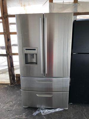 4 doors refrigerator like new for Sale in Boca Raton, FL