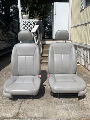 2010 CHEVY IMPALA LEATHER AUTOMATIC SEATS for Sale in Alvin, TX