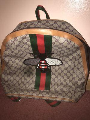 gucci gg supreme bag for Sale in Parma, OH