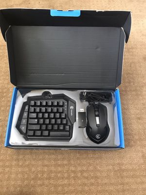 Game sir vx keyboard and mouse-mint condition for Sale in ARROWHED FARM, CA