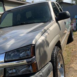2003 Chevrolet Silverado for Sale in Salinas, CA