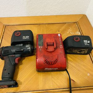 Snap-on impact Gun 3/8 for Sale in Miami, FL