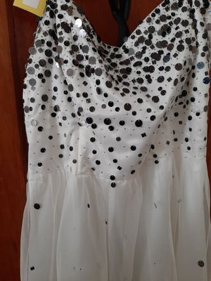 Short plus size 22/24 dress for Sale in Peoria, IL