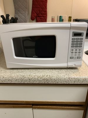 All white rival microwave for Sale in Gainesville, VA