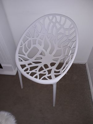 2 chairs for Sale in Winter Haven, FL