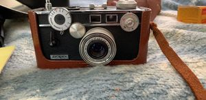 Vintage 1947 Argus Model C-3 35mm camera with case for Sale in Queens, NY