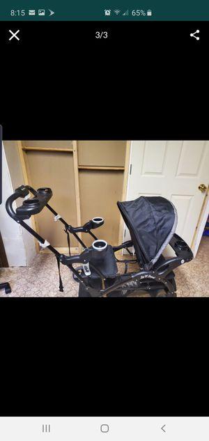 Baby stroller for Sale in Warren, MI