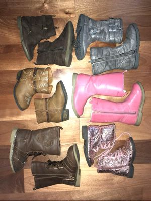 Toddler girls size 6 boots for Sale in Puyallup, WA