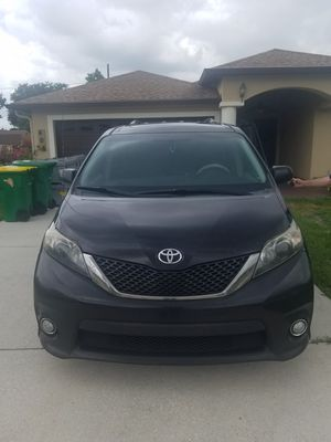 2011 Stealth Fighter Minivan 1 owner for Sale in Dundee, FL