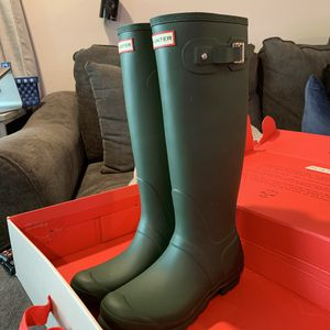 Brand New Women Hunter Tall Rain Boots Size 9 for Sale in Bell Gardens, CA