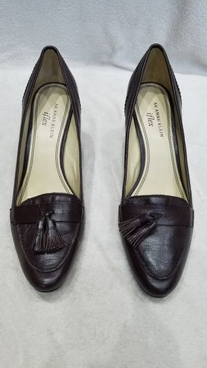 Women's Anne Klein iflex brown leather high heel shoes, size 9.5 for Sale in Ithaca, NY