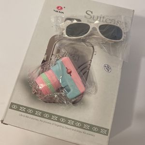 Doll Travel Suitcase Includes Sunglass And Camera. for Sale in Hawthorne, CA