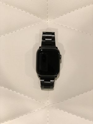 Apple Watch Series 4 (44 mm), Space Gray Aluminum Case , Nike for Sale in Kennewick, WA