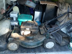 Craftsman lawn mower self-propelled 6.0 for Sale in Richland, MO